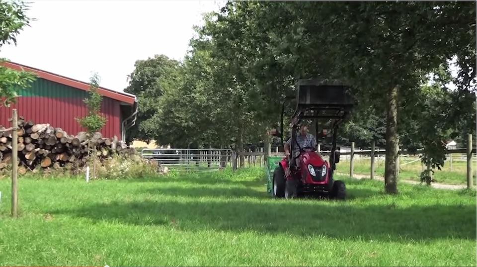 TYM Traktor Fahrerin Janina im Interview